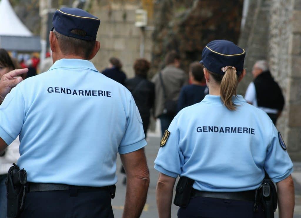 gendarmerie, gendarme, police, policier,